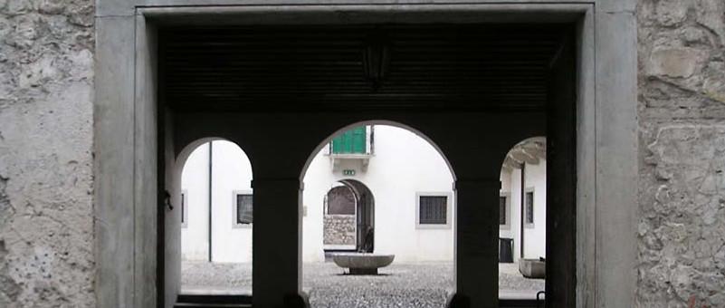 Venzone, Portone Palazzo Orgnani Martina