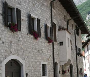 Venzone, Via Patriarca Bertrando